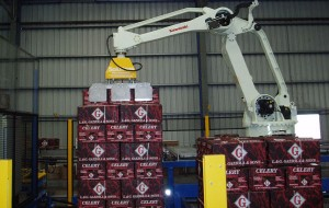 Robotic pallet stacker